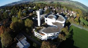 Ripresa aerea tramite drone di una casa